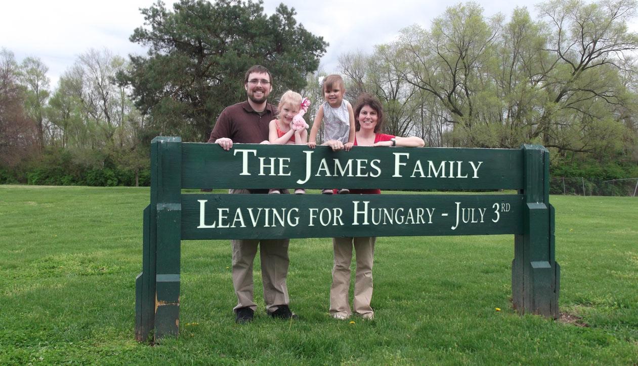 James-Sign-EN-Uncropped